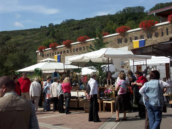 Töpfer- und Kunstmarkt Wasenweiler